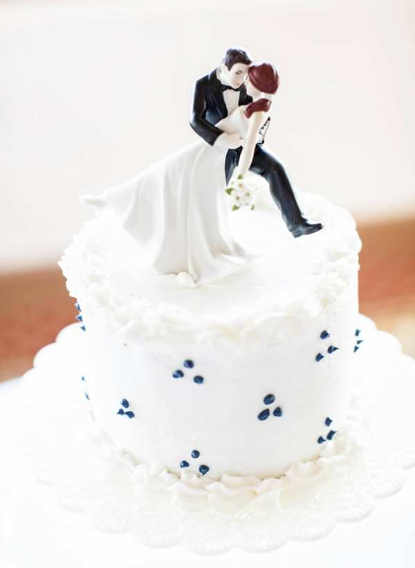 Romantic Cake Topper- Rob Chan Photography