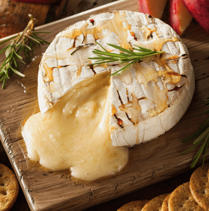 Christmas Baked Brie in Puff Pastry with Apricots